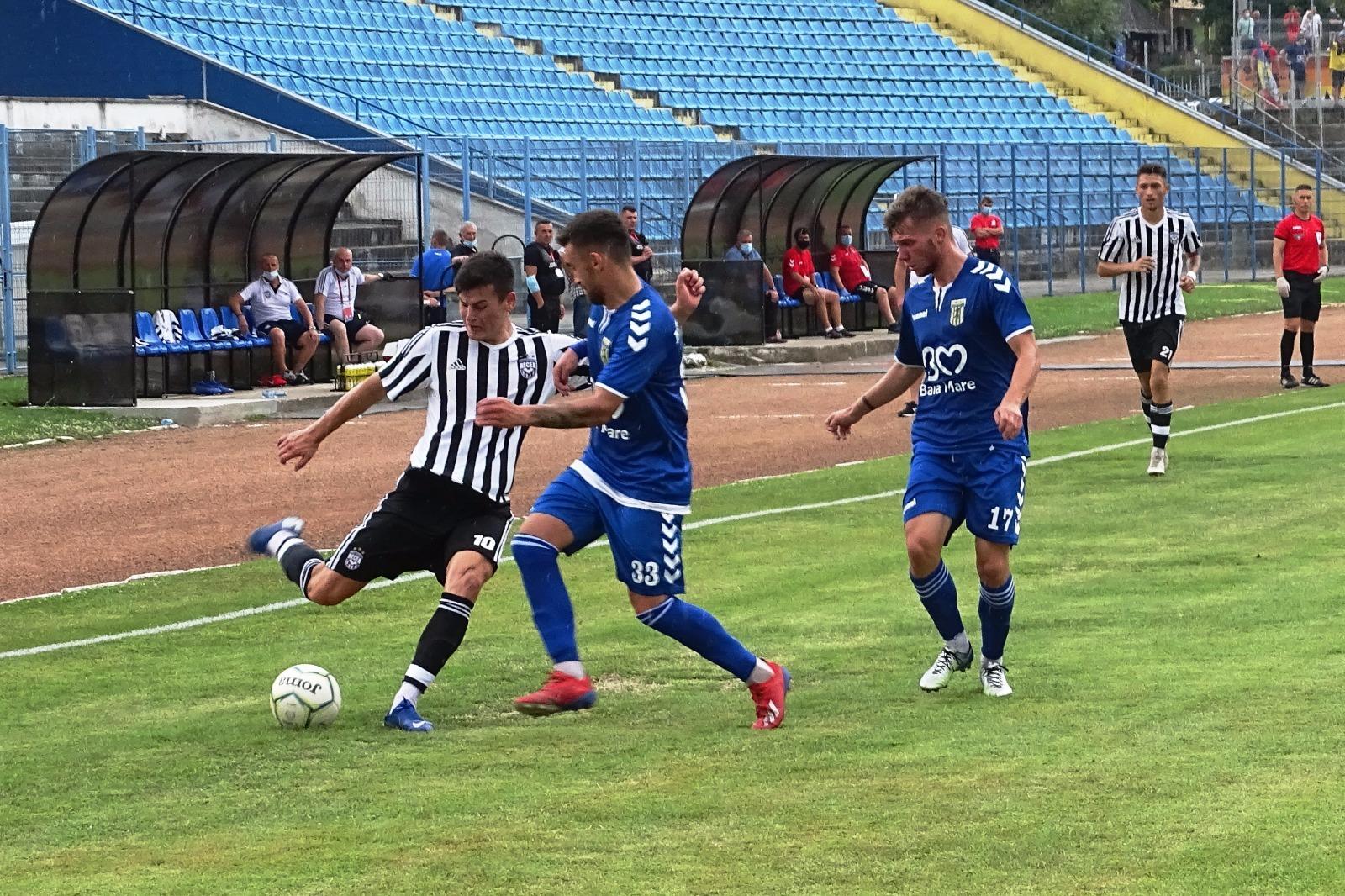 Fotbal Comuna Recea continuă să aducă jucători de la ...  |Comuna Recea